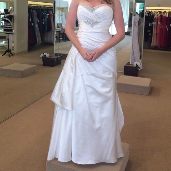 Demetrios Dresses Asymmetrical White Wedding Gown Size 12 Poshmark